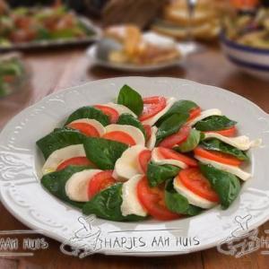 Salade caprése als hapje