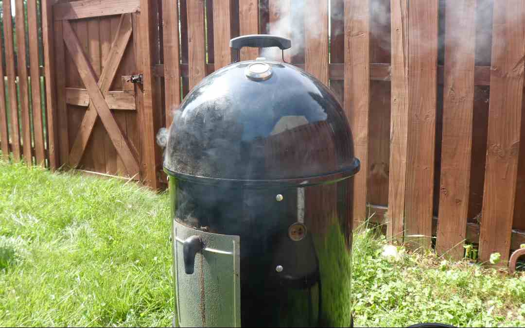 Everything About Vertical Water Smokers