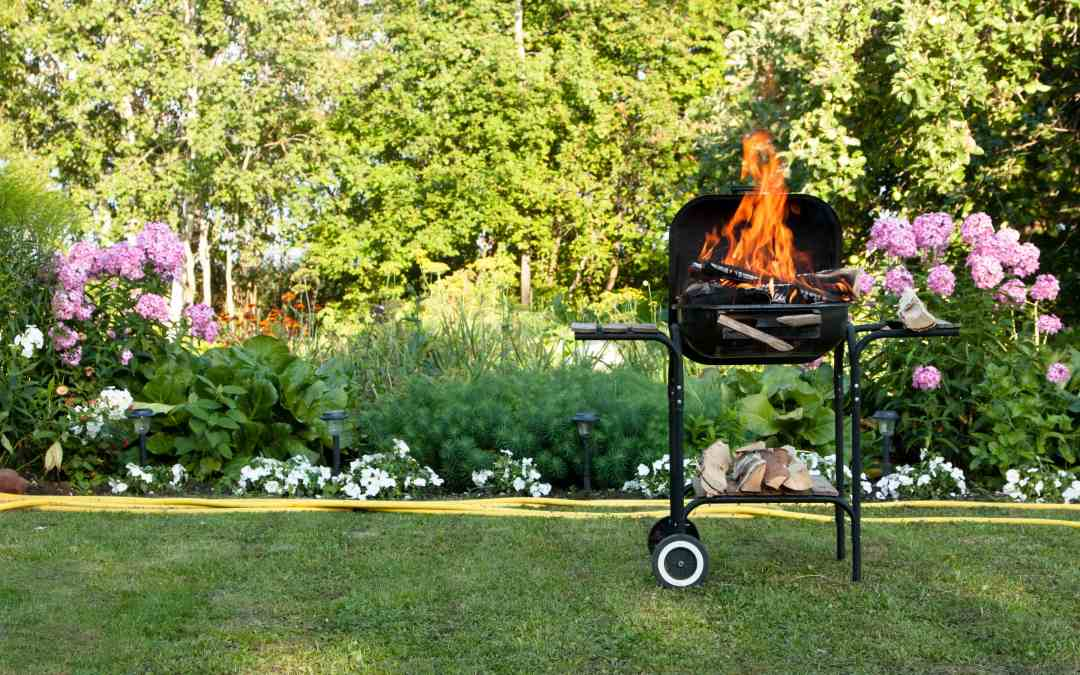 How to Keep Your Eyebrows: 8 BBQ Grilling Safety Tips