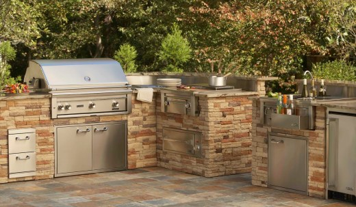 Lynx Professional Built-in Barbecue Grills - Outdoor Kitchens of Las Vegas, Nevada - BBQ Concepts