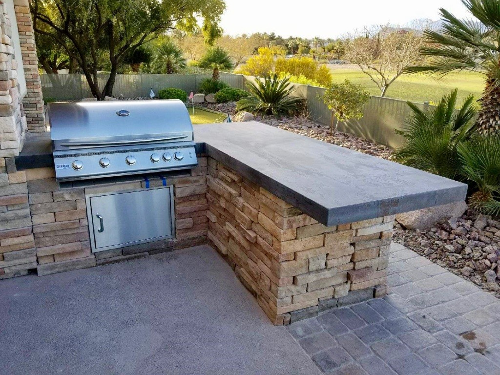 Custom Outdoor Kitchen   With Dekton Trilium By Cosentino U0026 40 Inch  Summerset Sizzler Pro Barbecue