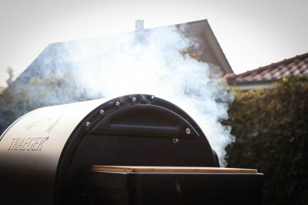 Traeger Timberline Rauch