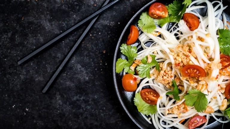 Authentischer Papaya Salat