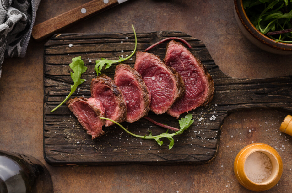 Blue rare steak