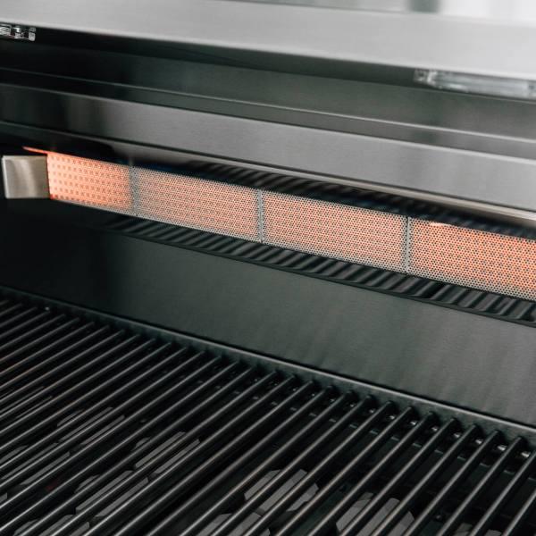 Lit Close-up of Alturi Infrared Back Burner