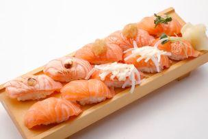 「サーモン 高級寿司屋」の画像検索結果