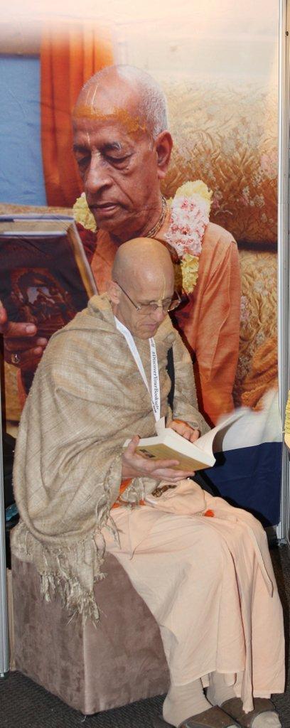 1-Jayadvaita Swami