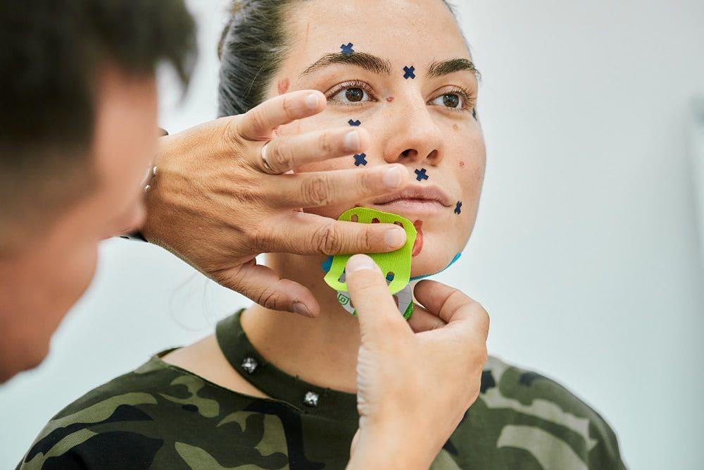 Как поднять уголки губ в 2021 году Фото-10
