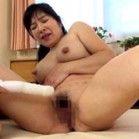 和久井智美50歳 デカ乳首の豊満美熟女が可愛い!!『熟蜜のヒミツ』