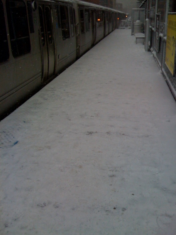 chicago-brown-line-station-snow