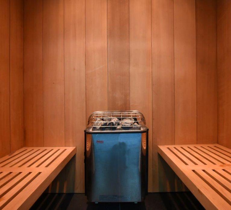 Spa sauna steam room swimming pool installation maintenance
