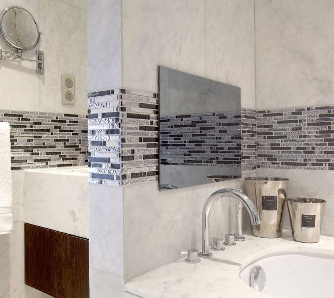 High end bathroom tiling Paris