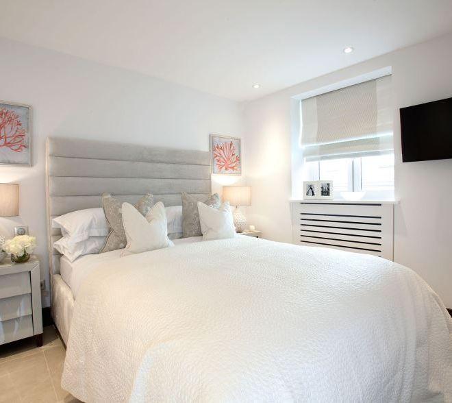 Bedroom luxury Interior designers in Paris