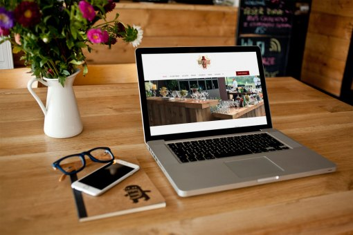 Website – Brothers Bar