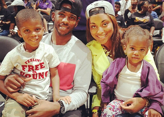 CHRIS PAUL JAMIE FOXX AND FAMILIES CHECK OUT WNBA GAME