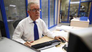 Eργαζόμενοι συνταξιούχοι: Ξανά στο μεροκάματο λόγω μνημονίων