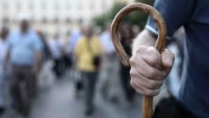 Λάθος στις κρατήσεις των επικουρικών συντάξεων: Σάκος του μποξ οι συνταξιούχοι