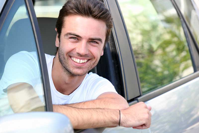 How to Get Car Insurance with No License in Phoenix, AZ