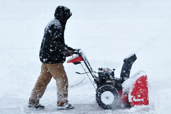 Snow removal services company in Greater toronto. Commercial snow removal in Greater toronto ontario. Retail snow clearing in Greater Toronto ON. We are you winter snow clearing services company in Greater Toronto.