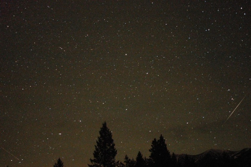 Geminid Meteors Towards North and Big Dipper