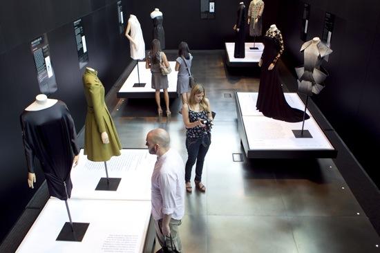 exposicion moda literatura barcelona