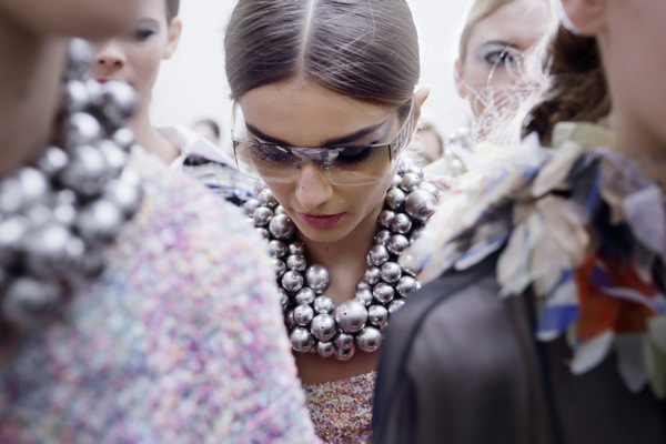 Chanel-collar bubujas