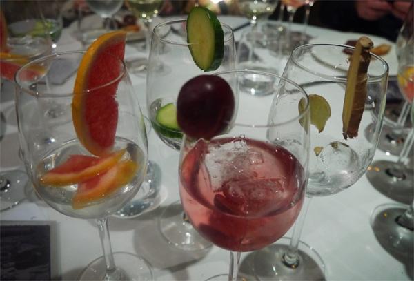 gin tonic pepino uva pomelo