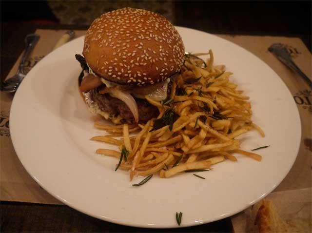 toto-restaurante-hamburguer