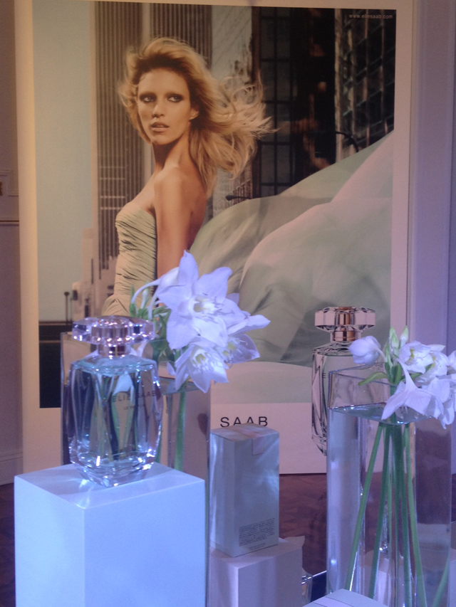 Elie Saab L'Eau Couture perfume