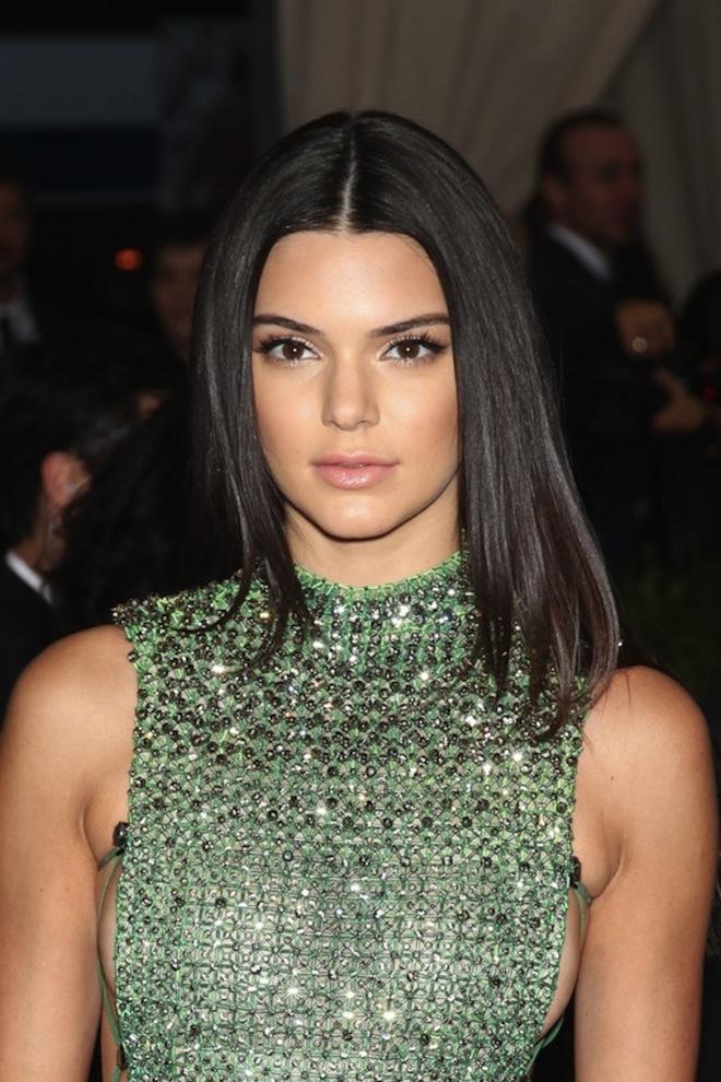 Kendall makeup met gala 2015