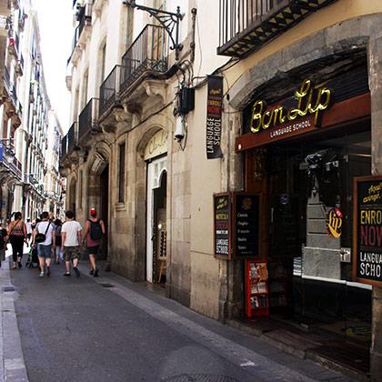 Tour pela rua Avinyó