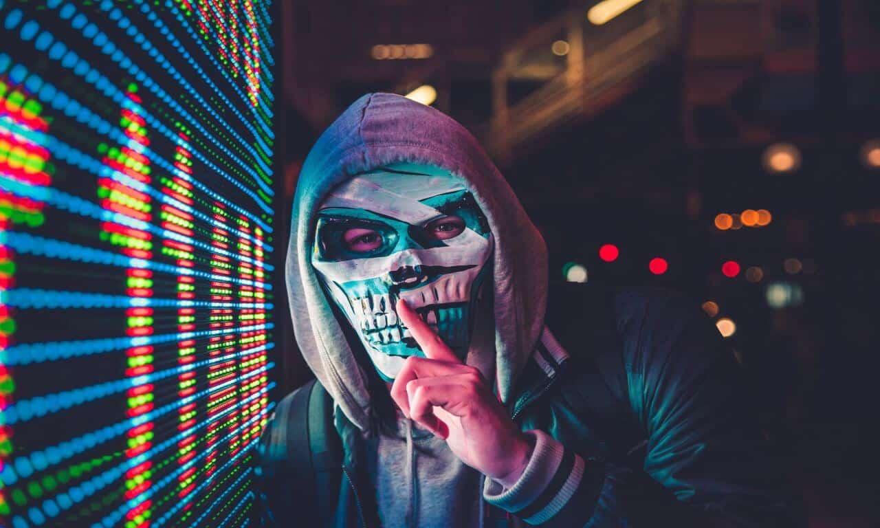 Corona masks have been mandatory or face a fine. bconceptgroup.com