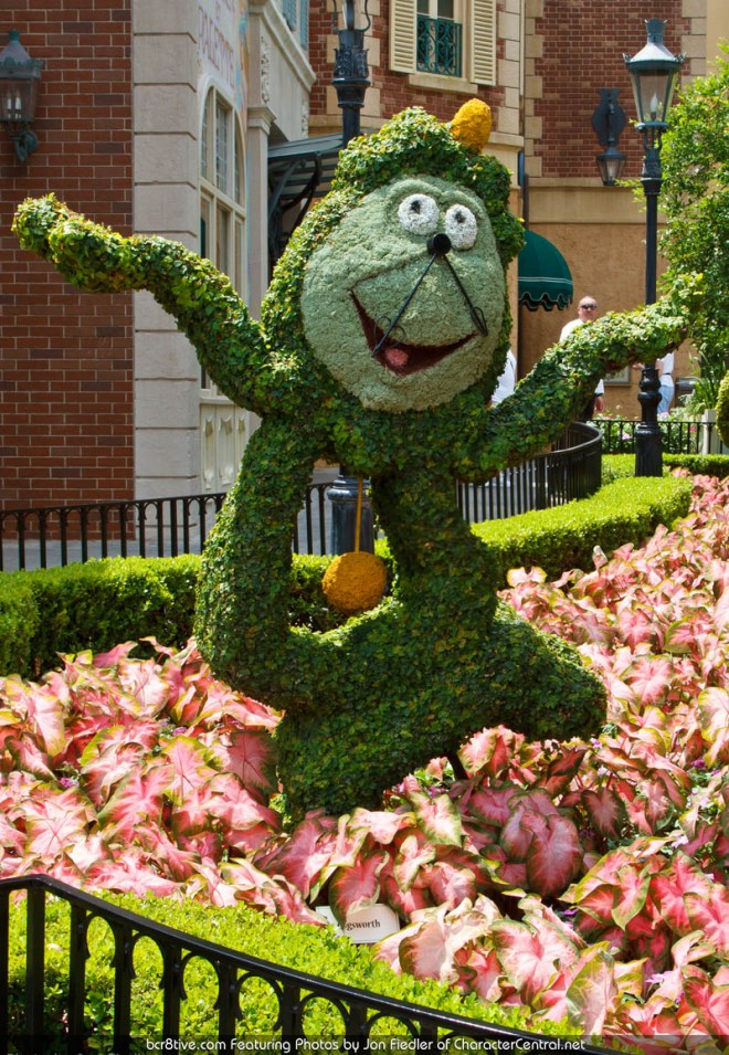 Walt Disney World Character Landscaping - Exploring France - Photo by Jon Fiedler