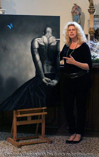 Christiane Vleugels with the Eunich II during the exhibition at Ravenhof