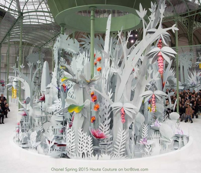 Chanel Spring 2015 Couture - Animated 3D Paper Garden