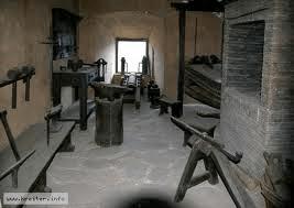eine Waffenkammer in der Engelsburg