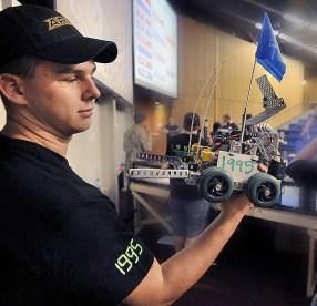 041309_Robotics2.JPG