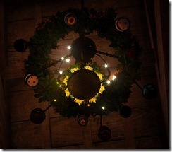 bdo-easter-egg-chandelier-8