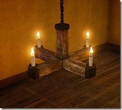 maple-decorated-beeswax-chandelier