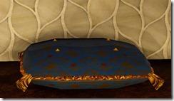 bdo-blue-sheep-hide-cushion-2