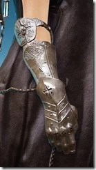 Sorceress Millen Fedora Amulet Stowed