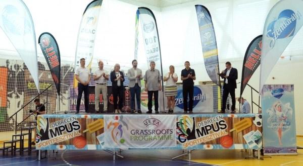 A Kolozsvári Magyar Diákszövetség érdemelte ki a legsportszerűbb résztvevőnek járó Szentkirályi Fair Play díjat az idei debreceni Campus Sportfesztiválon