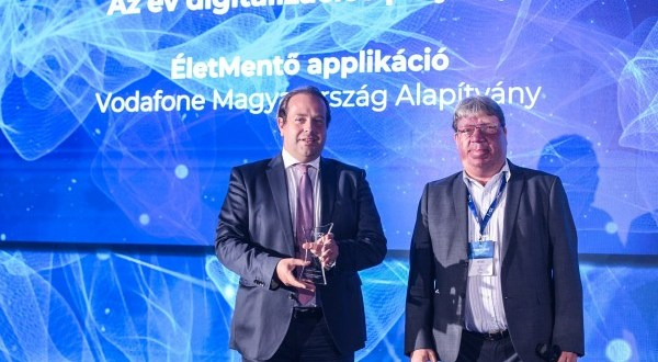 Az év digitalizációs projektjének választották az ÉletMentő alkalmazást