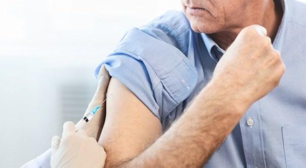 2 védőoltás, amit vállalj be 50 felett