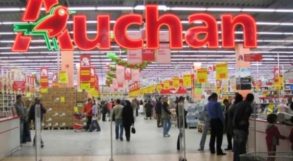 Béremelés az Auchannál
