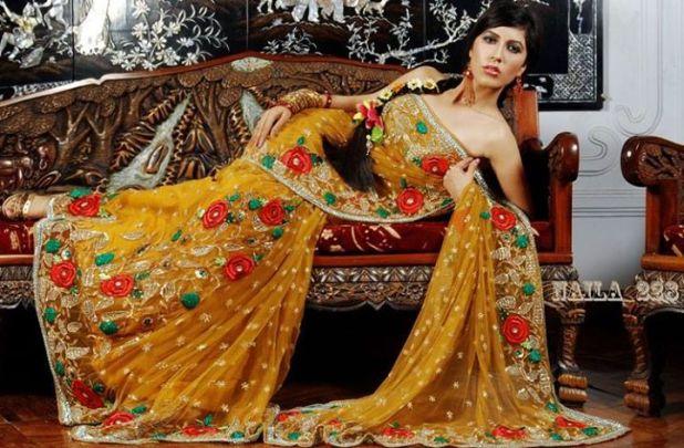Sexy Model and actress Naila Nayem - 23