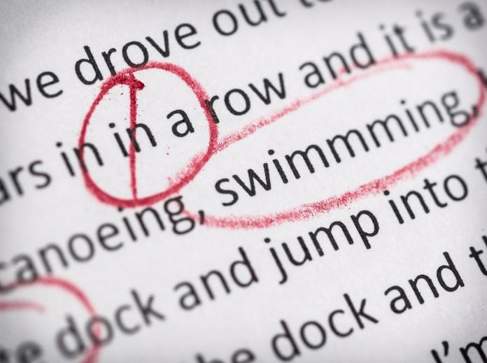 vérification des erreurs de grammaire de texte