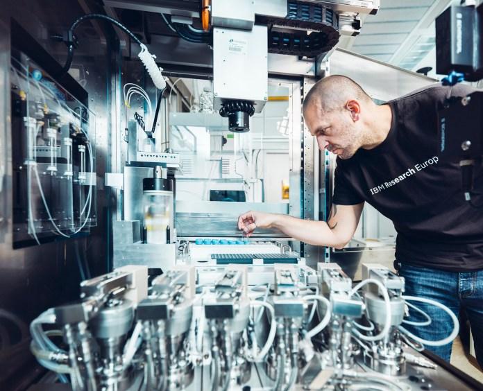 Theodoro Laino IBM Research RoboRXN
