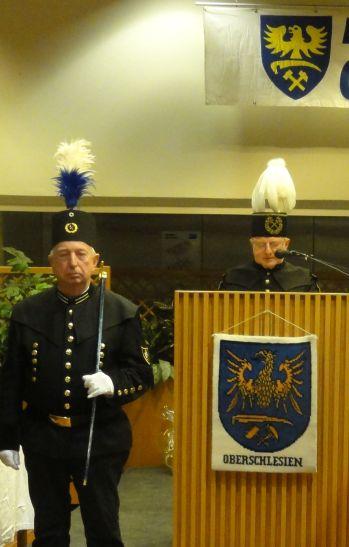 17-12-02- Begrüßung durch Erich Plischke - Vorsitzender - LdO KV München - DSC01146
