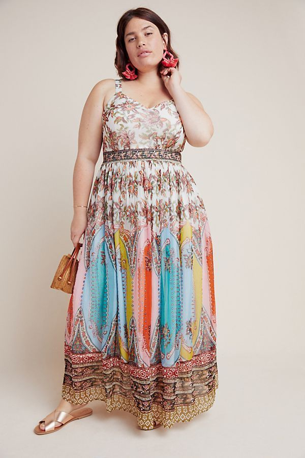 UNRULY | Plus-Size Maxi Dresses You'll Want to Wear Everywhere This Spring